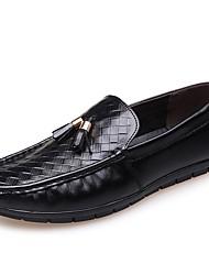 baratos -Homens Sapatos Confortáveis Couro Primavera & Outono Mocassins e Slip-Ons Preto / Amarelo