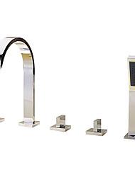 Недорогие -Смеситель для ванны - Современный Хром Римская ванна Керамический клапан Bath Shower Mixer Taps / Латунь / Три ручки пять отверстий