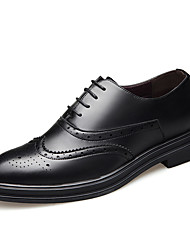 abordables -Homme Chaussures de confort Microfibre Printemps été British Oxfords Noir / Marron