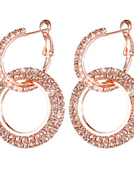 hesapli -1 çift Kadın's İki Tonlu Küpe - Simüle Elmas Tatlı Moda Mücevher Altın / Gümüş / Gül Altın Uyumluluk Düğün Parti