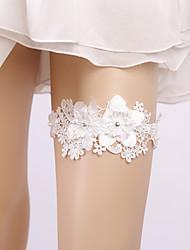 ราคาถูก -ลูกไม้ เกี่ยวกับเจ้าสาว Wedding Garter กับ มุก / ดอกไม้ สายรัด งานแต่งงาน / ปาร์ตี้