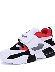 cheap -Men's Light Soles Mesh / PU(Polyurethane) Spring & Summer Sporty / Casual Sneakers Breathable Black and White / Red