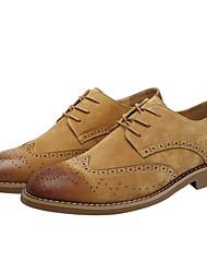 baratos -Homens Sapatos Confortáveis Camurça Primavera / Outono Oxfords Preto / Cinzento / Marron