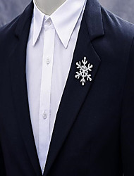 Недорогие -Муж. Жен. Кристалл Броши Креатив Снежинка Простой Мода Брошь Бижутерия Серебряный Назначение Рождество Свадьба Для вечеринок Обручение Подарок