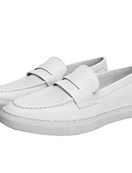 baratos -Homens Sapatos Confortáveis Microfibra Primavera Mocassins e Slip-Ons Branco / Preto