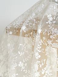 baratos -Organza Cor Única Bordado 135 cm largura tecido para Casamento vendido pelo 0,45 m