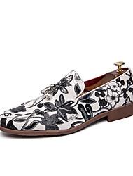 billiga -Herr Novelty Shoes Imitationsläder Vår & sommar Ledigt Loafers & Slip-Ons Andningsfunktion Vit / Svart / Tofs / Fest / afton