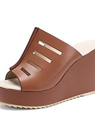 tanie -Damskie PU Lato Vintage / W stylu brytyjskim Sandały Obcas wedge Buty z wystającym palcem Biały / Czarny / Brązowy