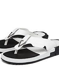 abordables -Homme Chaussures de confort Polyuréthane Eté Simple Chaussons & Tongs Respirable Blanc / Noir