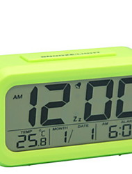 Недорогие -часы настольные часы современные современные пластиковые квадратные