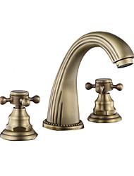 Недорогие -Ванная раковина кран - Широко распространенный Античная медь / черный По центру Две ручки одно отверстиеBath Taps