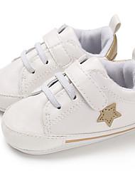 ราคาถูก -เด็กผู้ชาย / เด็กผู้หญิง PU รองเท้าผ้าใบ ทารก (0-9m) / เด็กวัยหัดเดิน (9m-4ys) สำหรับการเดินครั้งแรก สีดำ / สีชมพู / เขียวเข้ม ฤดูใบไม้ผลิ / ตก