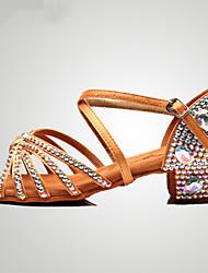 Недорогие -Жен. Танцевальная обувь Сатин Обувь для латины Пряжки / Кристаллы / Crystal / Rhinestone На каблуках Толстая каблук Красный / Коричневый / Цвет радуги / Выступление