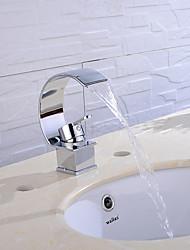 Недорогие -Ванная раковина кран - Широко распространенный Многослойное Другое Одной ручкой одно отверстиеBath Taps