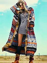 Недорогие -Жен. Повседневные Наступила зима Обычная Пальто, Геометрический принт Капюшон Длинный рукав Полиэстер Цвет радуги