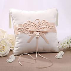 Elegent Satin Wedding Ring Pillow With Chinese Knot Wedding Ceremony