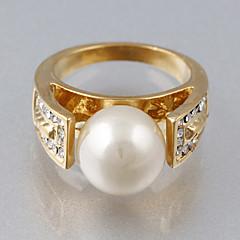 billige Motering-Dame Statement Ring - Kubisk Zirkonium, Fuskediamant Luksus, Europeisk, Mote En størrelse Skjermfarge Til Bryllup Fest