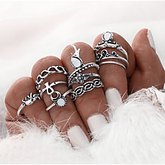 cheap Rings-Women's - Alloy Princess Ladies, Classic Jewelry Gold / Silver For Special Occasion Party / Evening Daily Casual One Size