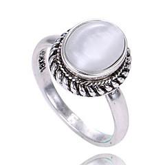 billige Motering-Dame Ring - Opal Personalisert, Enkel Stil, Mote 6 / 7 / 8 Gull / Sølv Til Bursdag / Gratulerer / Graduation