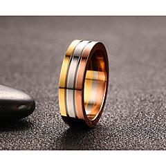 preiswerte -Damen Herrn Bandringe Ring Vintage Simple Style Titanstahl Runde Form Schmuck Für Hochzeit Party Verlobung Alltag