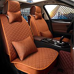 Bilsete pute sete sete fire sesonger generell lin omgitt av en fem seter familiebil for å sende 2 hode 2 midje oransje