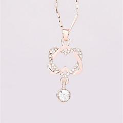 abordables -Femme Cœur Amour Le style mignon Pendentif de collier Strass Alliage Pendentif de collier , Mariage Anniversaire