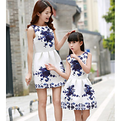 voordelige Gezinskledingsets-Meisjes Actief Dagelijks Blauw & Wit Polka dot Mouwloos Polyester Jurk Blozend Roze