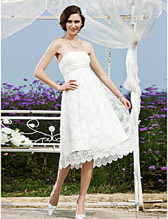 billiga Prinsessbrudklänningar-A-linje Prinsessa Axelbandslös Telång Spets Bröllopsklänning med Bälte / band av