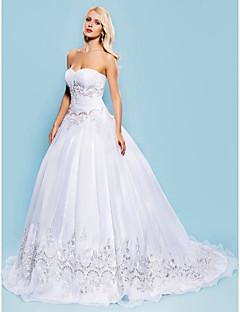 billiga Balbrudklänningar-Balklänning Hjärtformad urringning Hovsläp Organza Bröllopsklänningar tillverkade med Bård / Applikationsbroderi / Veckad av LAN TING BRIDE®