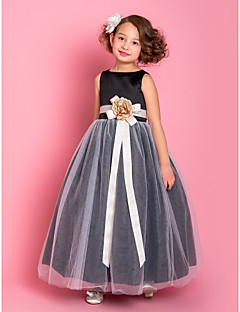 baratos Casamentos Temáticos-Vestido de uma menina com flor no chão - Vestido de tul sem mangas com flor