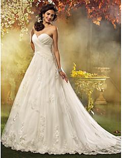 billiga Brudklänningar-A-linje / Prinsessa Hjärtformad urringning Hovsläp Tyll Bröllopsklänningar tillverkade med av