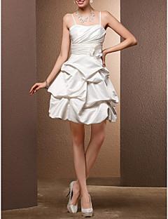 billiga Balbrudklänningar-Balklänning Smala axelband Kort / mini Satäng Bröllopsklänningar tillverkade med Pickup-kjol / Bälte / band / Blomma av / Liten vit klänning