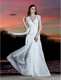 billiga Åtsmitande brudklänningar-Åtsmitande V-hals Golvlång Georgette Bröllopsklänningar tillverkade med Rosett / Bälte / band / Korsvis av LAN TING BRIDE® / Kronblad