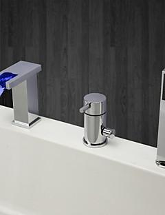 コンテンポラリー バスタブとシャワー 滝状吐水タイプ ハンドシャワーは含まれている LED セラミックバルブ 三つ シングルハンドル三穴 クロム , 浴槽用水栓