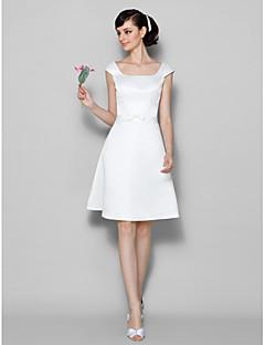 Χαμηλού Κόστους Ουδέτερα Χρώματα-Γραμμή Α Scoop Neck Μέχρι το γόνατο Σατέν Φόρεμα Παρανύμφων με Φιόγκος(οι) με LAN TING BRIDE®