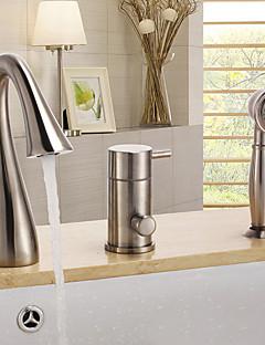 billige Foss-Moderne Badekar Og Dusj Foss Hånddusj Inkludert Keramisk Ventil Tre Huller Enkelt håndtak tre hull Nikkel Børstet, Badekarskran