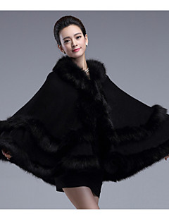cheap -Sleeveless Faux Fur Imitation Cashmere Wedding Wedding  Wraps Fur Coats Hoods & Ponchos With Feathers / fur Tiered Capes
