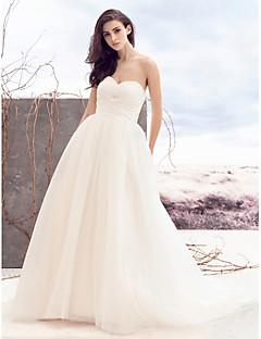 billiga A-linjeformade brudklänningar-A-linje Hjärtformad urringning Hovsläp Tyll Bröllopsklänningar tillverkade med Bård / Korsvis av LAN TING BRIDE®