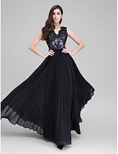 billiga Aftonklänningar-A-linje V-hals Golvlång Chiffong / Spetslivstycke Bal / Formell kväll Klänning med Spets / Bälte / band av TS Couture®