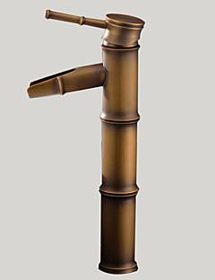 Art Deco/Retro Lavabo Teknesi Şelale with  Seramik Vana Tek Delik Tek Kolu Bir Delik for  Antik Pirinç , Banyo Lavabo Bataryası