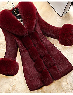 Women's New Year Festival Elegant & Luxurious Winter Fur Coat,Solid Color Peter Pan Collar Long Sleeve Long Faux Fur Faux Leather
