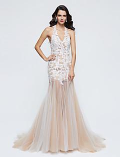 저렴한 특별한 이벤트 드레스-트럼펫 / 머메이드 홀터 넥 스윕 / 브러쉬 트레인 레이스 튤 포멀 이브닝 드레스 와 레이스 주름 으로 TS Couture®