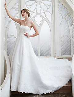 billiga A-linjeformade brudklänningar-A-linje Axelbandslös Kapellsläp Spets med pärlor Bröllopsklänningar tillverkade med Bård / Paljett / Applikationsbroderi av LAN TING BRIDE®
