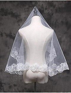 One-tier Lace Applique Edge Wedding Veil Elbow Veils Fingertip Veils With Applique Lace Tulle
