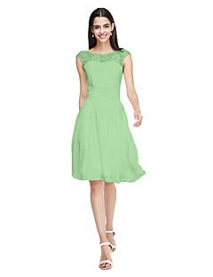 billige Nøytral-A-linje Besmykket Knelang Chiffon / Livstykke i blonder Brudepikekjole med Sløyfe(r) / Belte / bånd av LAN TING BRIDE® / Åpen rygg