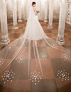 voordelige Bruidssluiers-Eénlaags Bruidssluiers Kathedraalsluiers Met Kralen Appliqués Kant Tule