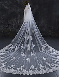 cheap Wedding Veils-Two-tier Lace Applique Edge Bridal Wedding Wedding Veil Chapel Veils Cathedral Veils 53 Lace Lace Tulle
