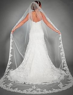 billiga Brudslöjor-Ett lager Blomstil / Mesh / Konvertibel klänning Brudslöjor Kapell Slöjor med Utspridda pärlbroderi blommotiv 110.24 in (280cm) POLY / Tyll / Oval
