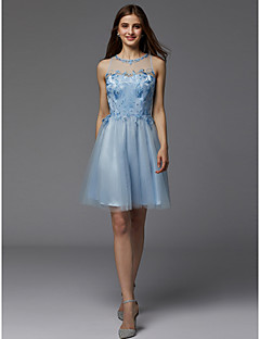 billiga Cocktailklänningar-A-linje Prydd med juveler Kort / mini Spets / Tyll Cocktailfest Klänning med Bård av TS Couture®