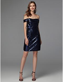 billiga Cocktailklänningar-Åtsmitande Off shoulder Kort / mini Paljetter Klänning med Paljett av TS Couture® / Cocktailfest